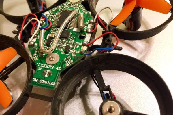 Detalle del motor de recambio.